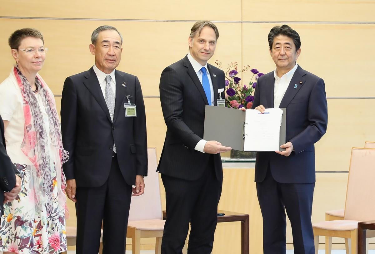 Handover of the 2019 BRT Recommendations to PM Shinzo Abe